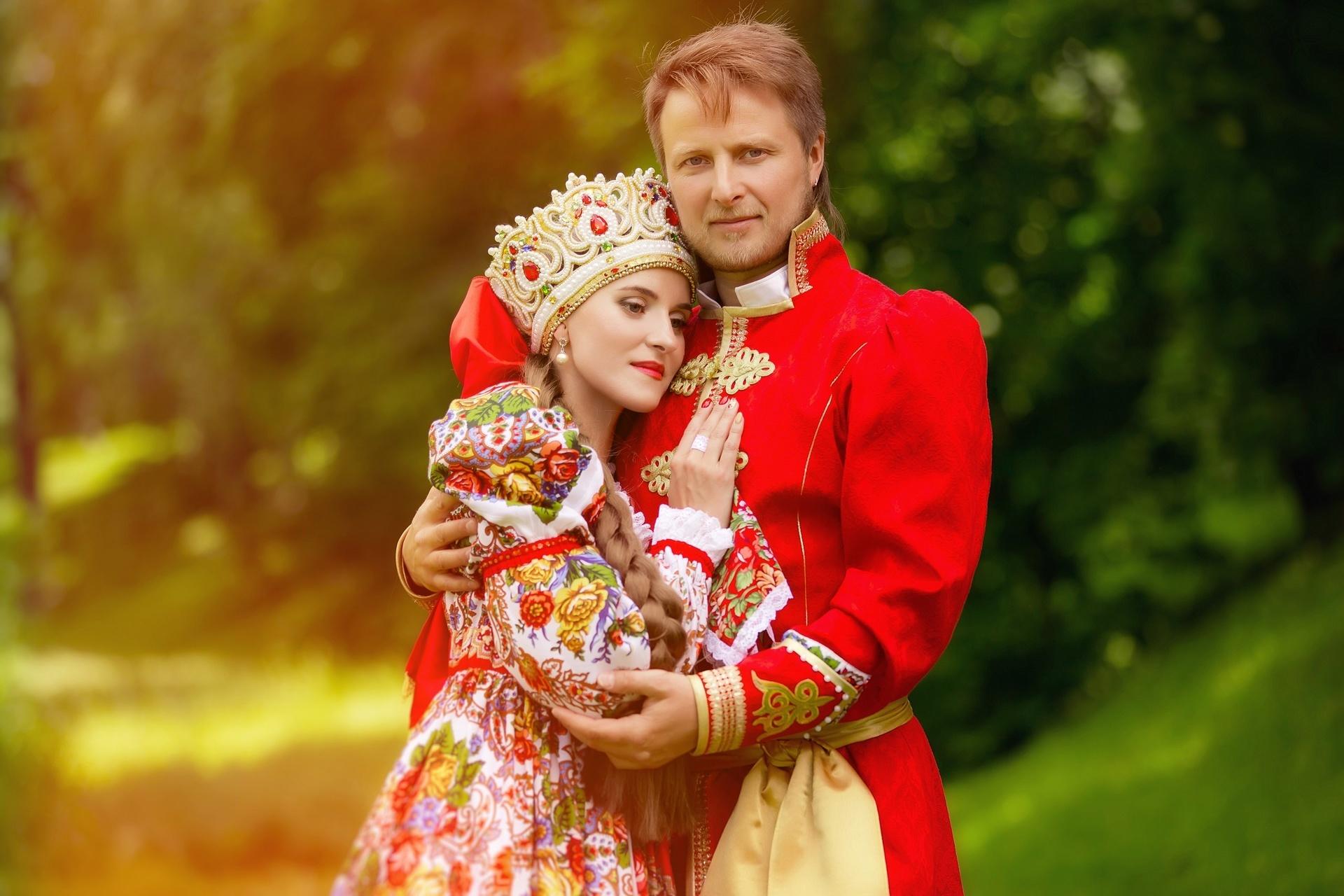 Русские пословицы про жениха и невесту на Руси